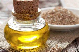 Odkryj właściwości oleju sezamowego. Poznaj najlepsze kosmetyki do włosów